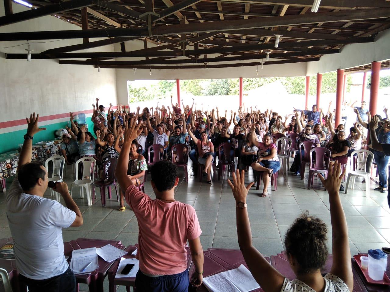 Educação de Mãe do Rio aprova Estado de Greve