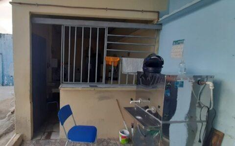 Em prédio alugado, EE. Nedaulino Viana convive com a precariedade